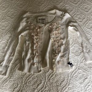 Abercrombie kids gorgeous cream cardigan sweater